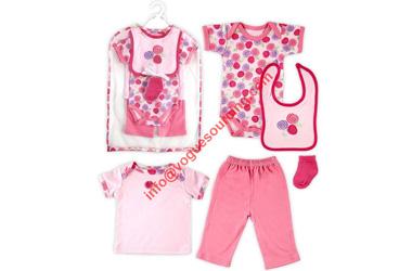 baby-wear-set-voguesourcing
